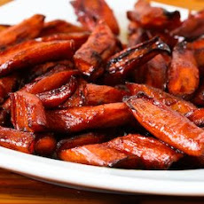 Roasted Carrots with Agave-Balsamic Glaze