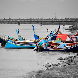 Colors of Banda Aceh by Travis Pambu - Transportation Boats (  )