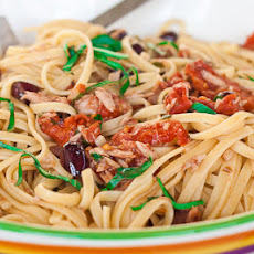 Linguine Puttanesca with Tuna
