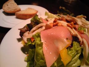 ボン・グラードの松の実のサラダ