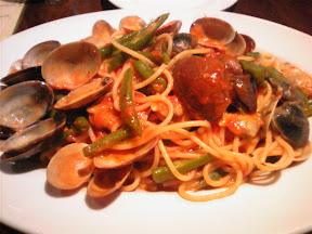 ボン・グラードのトマトソースのスパゲッティーニ