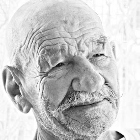 Yeah! by MIhail Syarov - People Portraits of Men ( high key, moustach, b&w, old man, smile, portrajt )