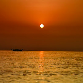 Sunset, Dubai by Adnan Choudhary - Landscapes Sunsets & Sunrises ( water, occean, dubai, sunset, beach, sun,  )