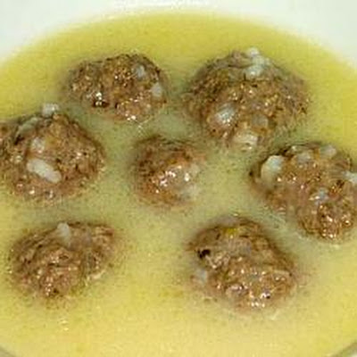 Youvarlakia (Greek soup with meatballs)