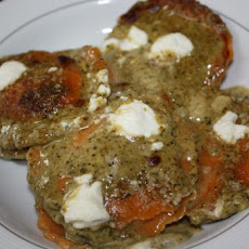 Cheesy Toasted Ravioli With Pesto