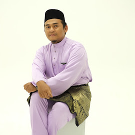 My Paan by Syahrul Nizam Abdullah - People Portraits of Men