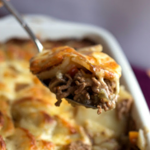 Cottage Pie Topped with Scalloped Potato Gratin