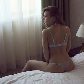 by Aleksander Moskalev - Nudes & Boudoir Boudoir