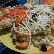 Arroz Con Pollo Chapina (Guatemalan Chicken and Rice)