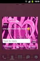 Screenshot of GO SMS Pink Theme Heart Zebra