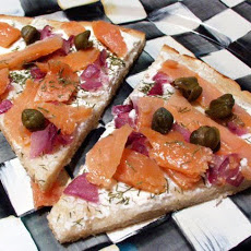 Sam's Smoked Salmon, Dill & Goat Cheese Pizza