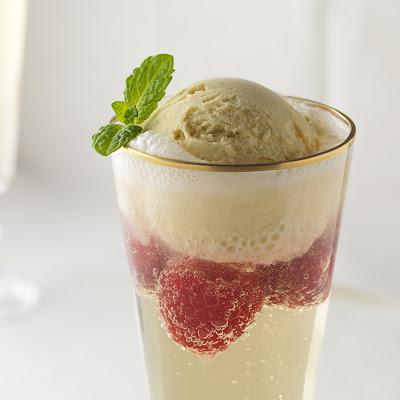 CHAMPAGNE RASPBERRIES