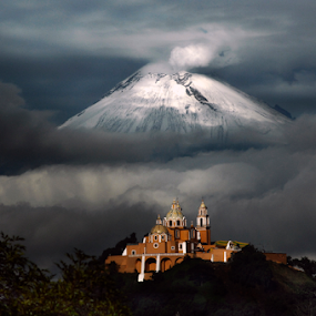 Popocatepetl, snowy and smoking by Cristobal Garciaferro Rubio - Landscapes Mountains & Hills ( clouds, cholula, mexico puebla, popocatepetl )