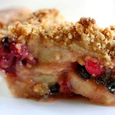 Apple Cranberry Currant Crumble Pie