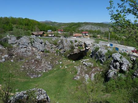 Relief carstic Romania: Podul lui Dumnezeu Ponoarele Mehedinti