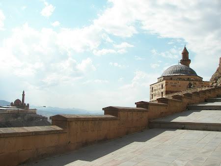 Imagini Turcia: Palat Ishak Pasa Dogubeyazit