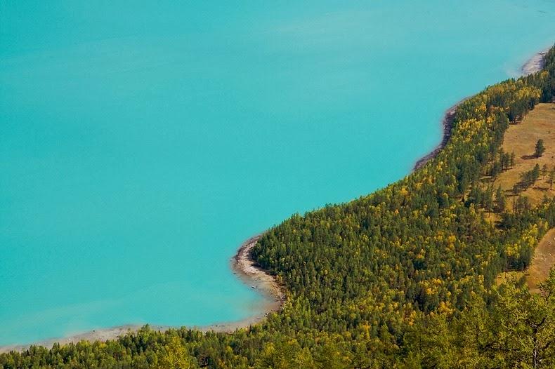 kanas-lake-12