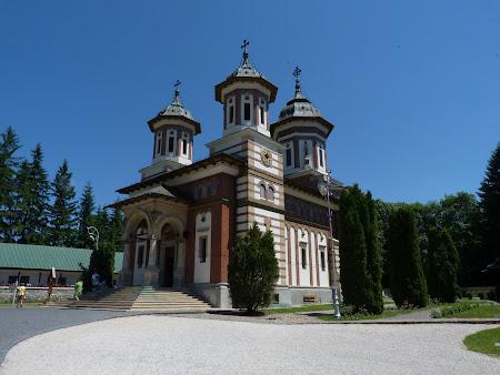 Obiective turistice Romania: Manastirea Sinaia