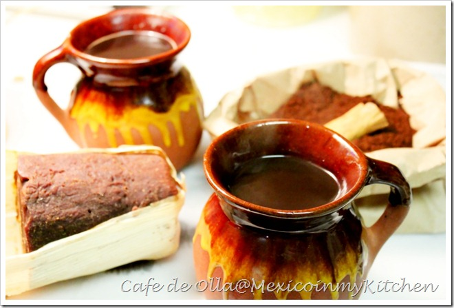 Cafe de Olla served with breakfast and pastries