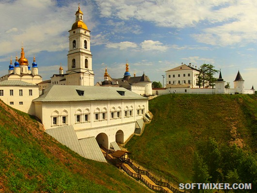 Tobolsk-Kremlin-mountains-view