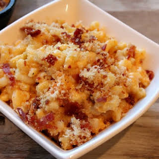 Skillet- Baked Macaroni and Cheese.