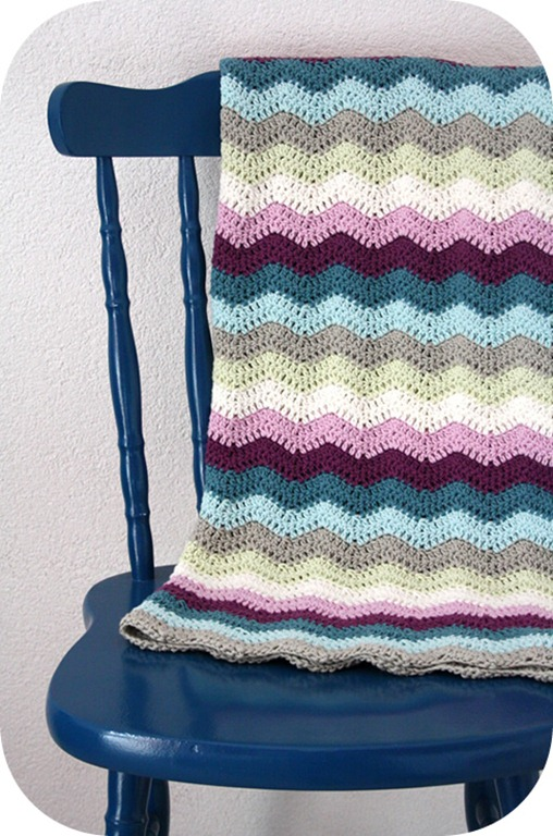 Rippled-crochet-baby-blanket