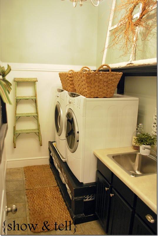 Förhöjning med förvaring till tvättmaskinen