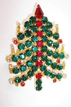 weird-christmas-trees-55