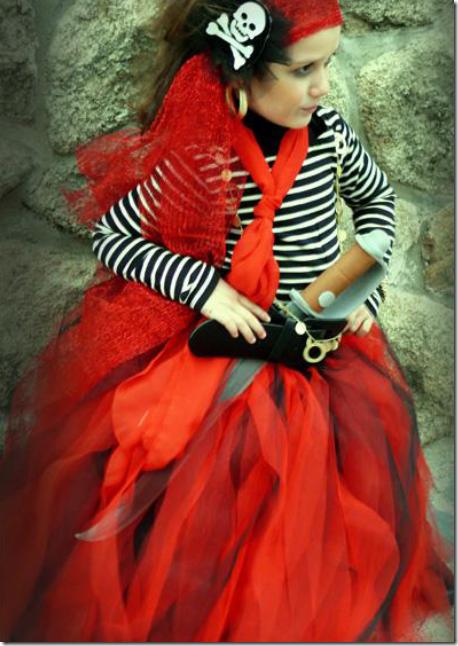 Disfraz casero de pirata niña con tutu