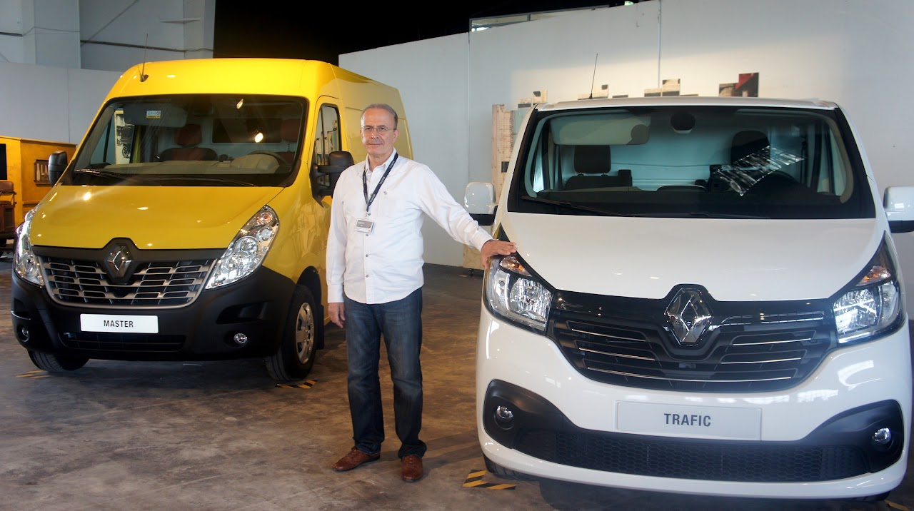 2014 renault master facelift officially unveiled turkeycarblog. Black Bedroom Furniture Sets. Home Design Ideas