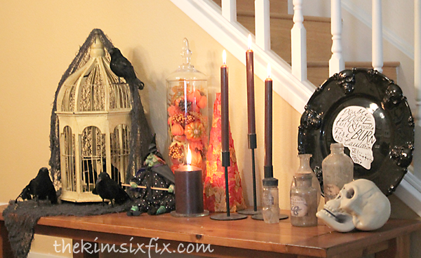 Halloween fall vignette