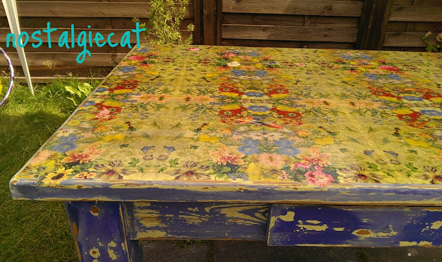 Nostalgiecat Napking Decoupage Table Top Makeover