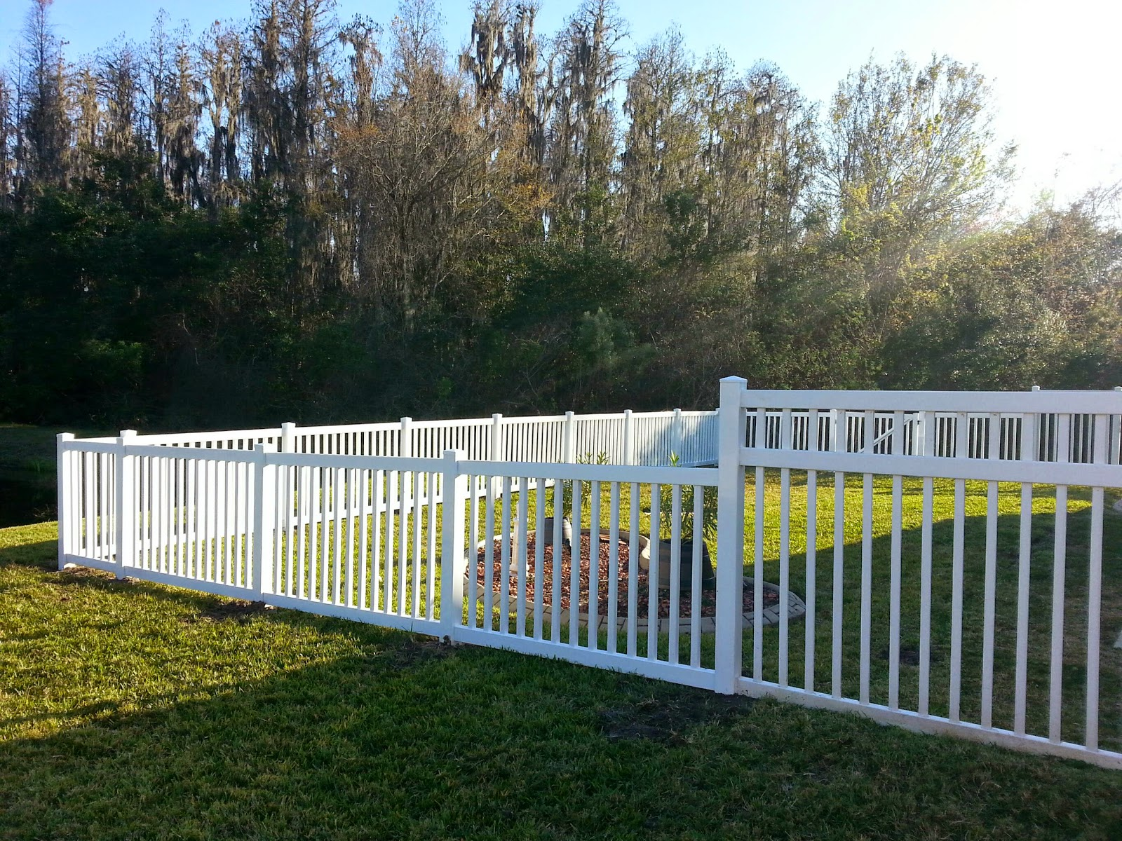 New Tampa Fence Inc Wesley Chapel White Vinyl Fence