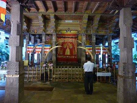 Imagini Sri Lanka: aici a fost dintele