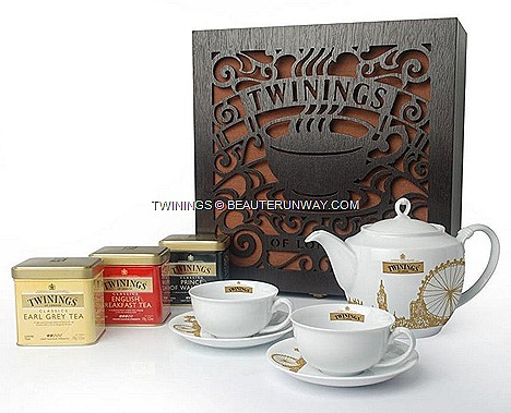 Twinings London Grand Tea Set Earl Grey Tin 100g English Breakfast Tin 100g Prince of Wales 100g Teapot 2 TeacupsTea saucers London Eye Ferris Wheel Big Ben Clock Tower Bickingham Palace UK