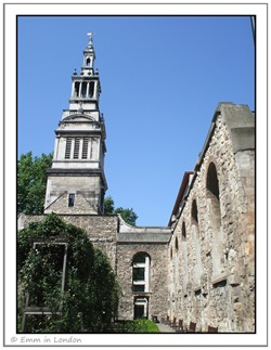 Christ Church Greyfriars ruins and garden
