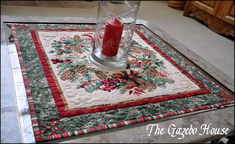 Chicadee quilted wallhanging 010
