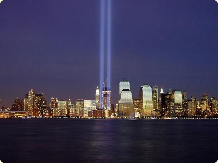 9-11-memorial-tribute-in-light-twin-towers[1]
