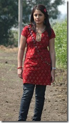Suhani_in_churidar_pic