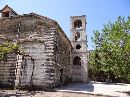 57. Biserica ortodoxa Gjirokaster.JPG