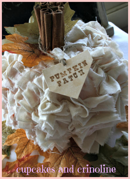 Shabby-Chic-Pumpkin-Cupcakes-and-Crinoline-5