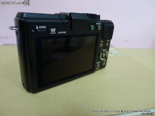沒有NDA的產品? 未演先轟動的Panasonic LUMIX GX1 Micro 4/3 數位單眼相機實機照片 嗜好 攝影 新聞與政治 轉貼與節錄