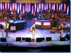 9139 Nashville, Tennessee - Grand Ole Opry radio show - Sunny Sweeney & accompaniment