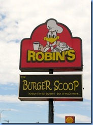 8042 Ontario Trans-Canada Highway 17 Ignace - Robin's sign