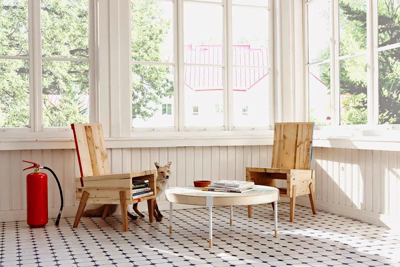 10-derelict-furniture.jpg