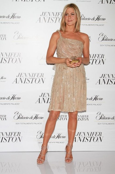 mar11-Jennifer-Aniston_fragrance_launch_in_mexico_city