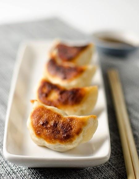 San-Xian-Pot-Sticker-with-Pork-Shrimp-and-Shiitake-Mushroom-10.jpg