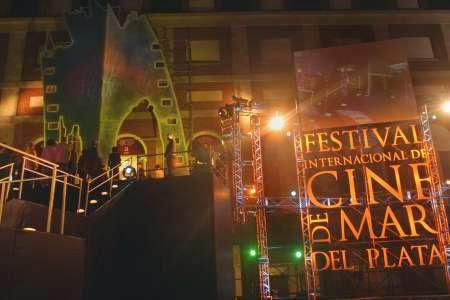 https://lh3.ggpht.com/-2deCNgrWKHU/UouqZhVV_YI/AAAAAAAAAIk/D7MN6C6lQ0I/s1600/festival-de-cine-mar-del-plata.jpg