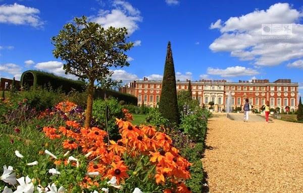 hampton palace londra.jpg