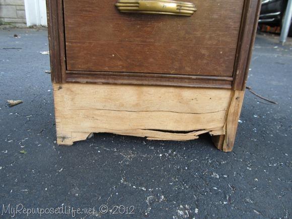 vintage desk damaged (3)